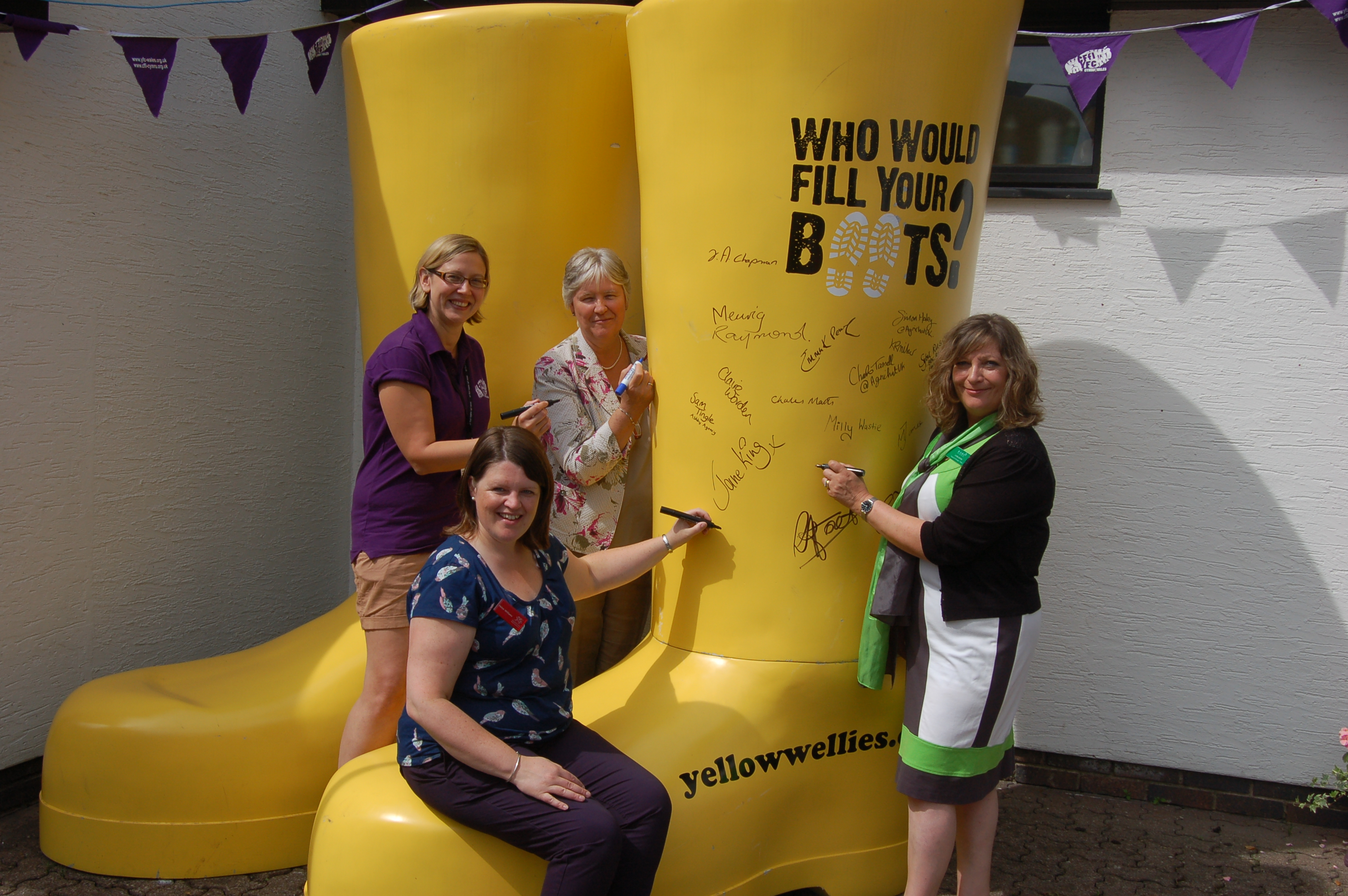 Royal Welsh welly signing 2014